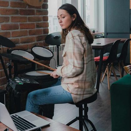 Learn to play drum online